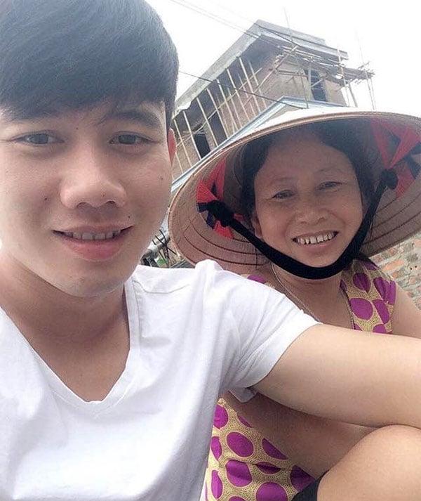 Mẹ Minh Vương: