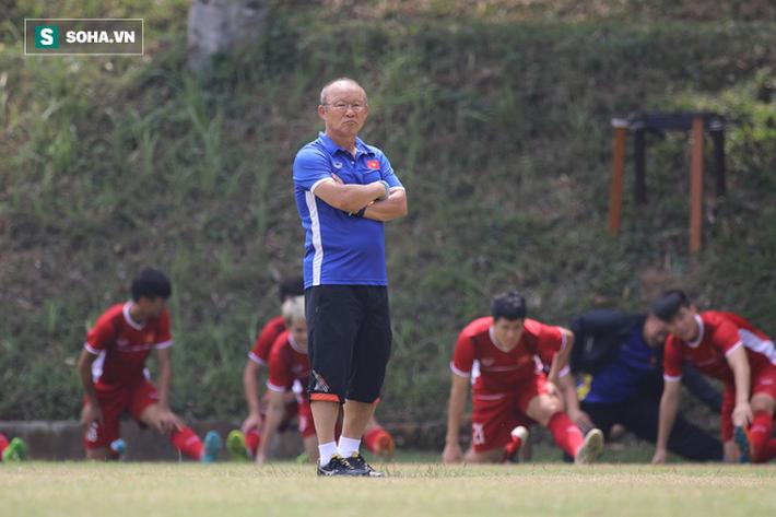 HLV Park Hang-seo đăm chiêu, nữ sinh Indonesia xôn xao vì U23 Việt Nam - Ảnh 5.