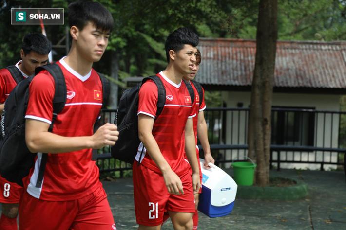HLV Park Hang-seo đăm chiêu, nữ sinh Indonesia xôn xao vì U23 Việt Nam - Ảnh 2.