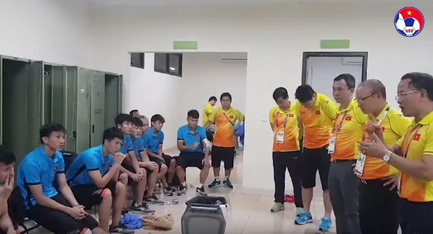 HLV Park Hang Seo và những khoảnh khắc xúc động với bóng đá Việt Nam 8