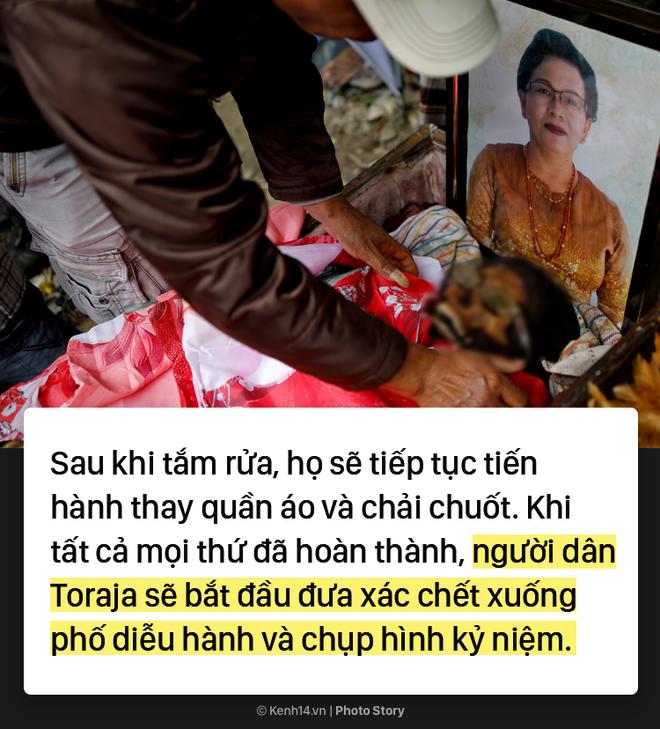 Đào mộ và tắm rửa cho xác chết, đây là cách người Indonesia giúp linh hồn siêu thoát 3