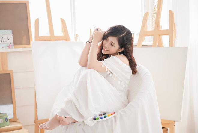 Nhan sắc xinh đẹp và thông tin hiếm hoi về hot girl kiêm MC Cao Vy 6