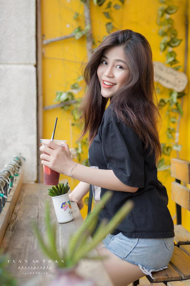 Nhan sắc xinh đẹp và thông tin hiếm hoi về hot girl kiêm MC Cao Vy 8