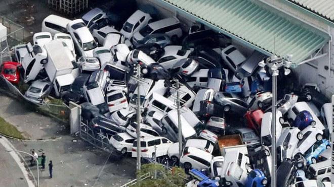 Nhật Bản hoang tàn, đổ nát sau liên tiếp siêu bão Jebi và động đất 6 độ Richter ở Hokkaido 18
