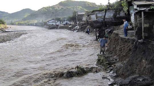 Triều Tiên: 76 người chết, hơn 800 tòa nhà sập đổ sau thảm họa lũ lụt 1