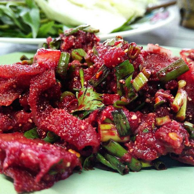 4 món ăn sống của châu Á chỉ nghe thôi cũng khiến khách Tây toát mồ hôi, chống chỉ định với người bụng yếu - Ảnh 6.