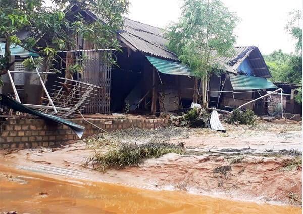 Cảnh tan hoang sau vụ vỡ đập hồ chứa, hàng nghìn mét khối chất thải tràn vào khu dân cư ở Lào Cai 11
