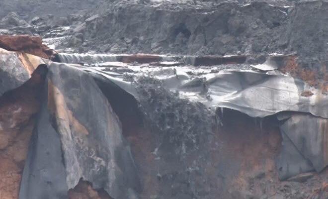 Cảnh tan hoang sau vụ vỡ đập hồ chứa, hàng nghìn mét khối chất thải tràn vào khu dân cư ở Lào Cai 1