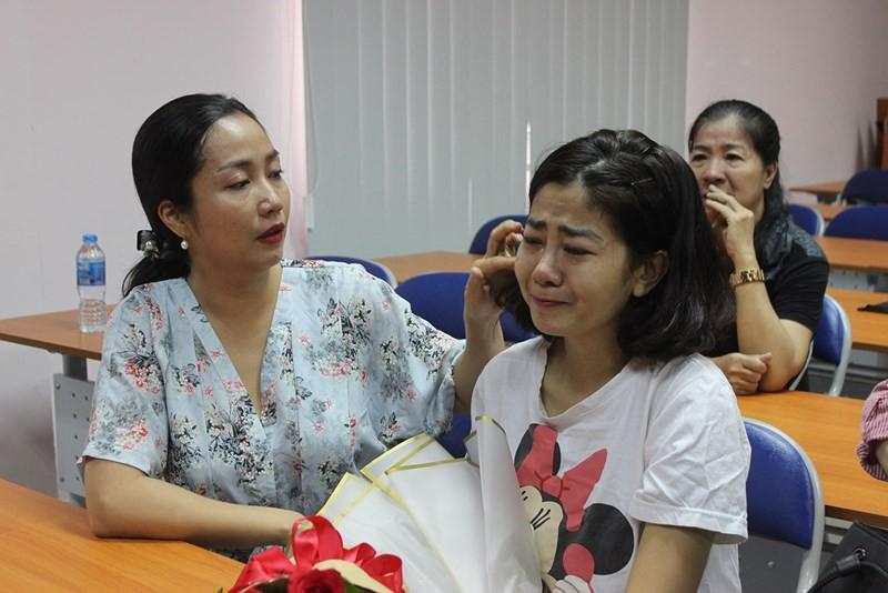 Mai Phương bật khóc vì xúc động trong ngày xuất viện sau gần một tháng điều trị tích cực 1