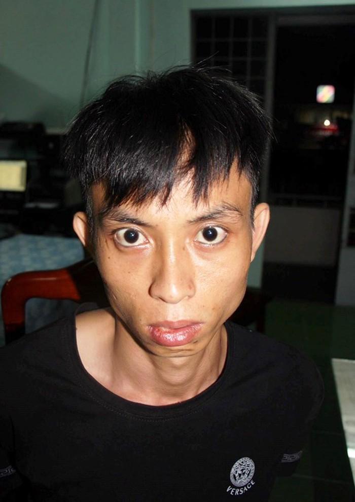 Nghi phạm cướp ngân hàng ở Khánh Hòa: Đốt xe máy sau khi gây án 3