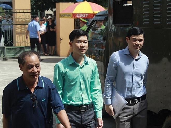 BS Hoàng Công Lương bị đề nghị truy tố do lỗi cẩu thả 1