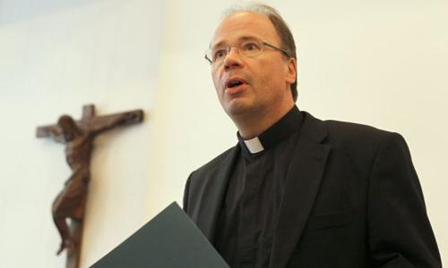 Các linh mục Đức bị tố lạm dụng hơn 3.600 trẻ em gây chấn động 1
