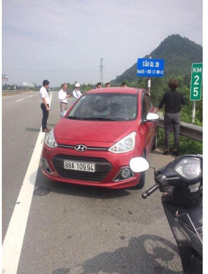 Nữ tài xế lái ô tô phóng ngược chiều vun vút trên cao tốc Nội Bài - Lào Cai nói gì? 1