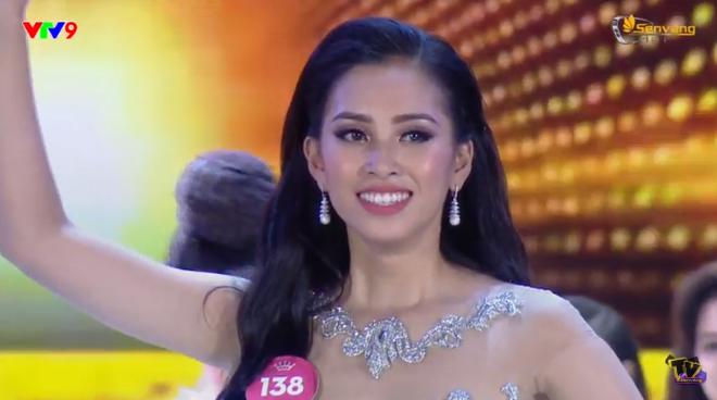 Người đẹp 10x Trần Tiểu Vy xuất sắc đăng quang Tân hoa hậu Việt Nam 2018 1