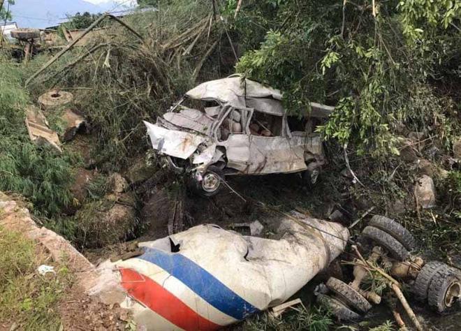 Vụ tai nạn 13 người chết: Vợ muốn nắm tay chồng đang nguy kịch để có sức mạnh vượt qua 1