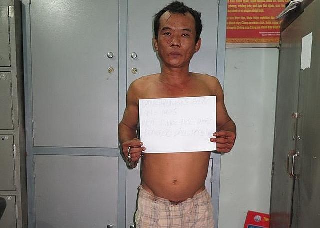 Chồng sát hại vợ ngay trước mặt con 5 tuổi vì cuồng ghen 1