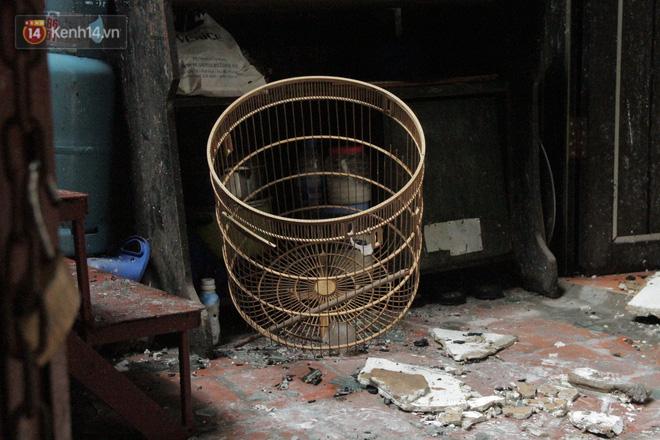 Ảnh: Khung cảnh tan hoang bên trong dãy trọ bị 'giặc lửa' thiêu rụi ở Hà Nội 12