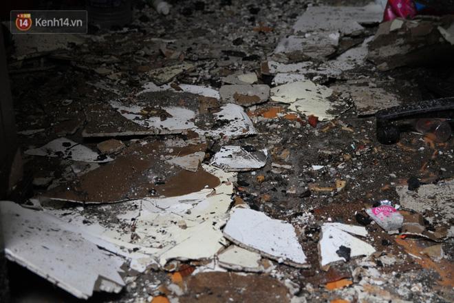 Ảnh: Khung cảnh tan hoang bên trong dãy trọ bị 'giặc lửa' thiêu rụi ở Hà Nội 8