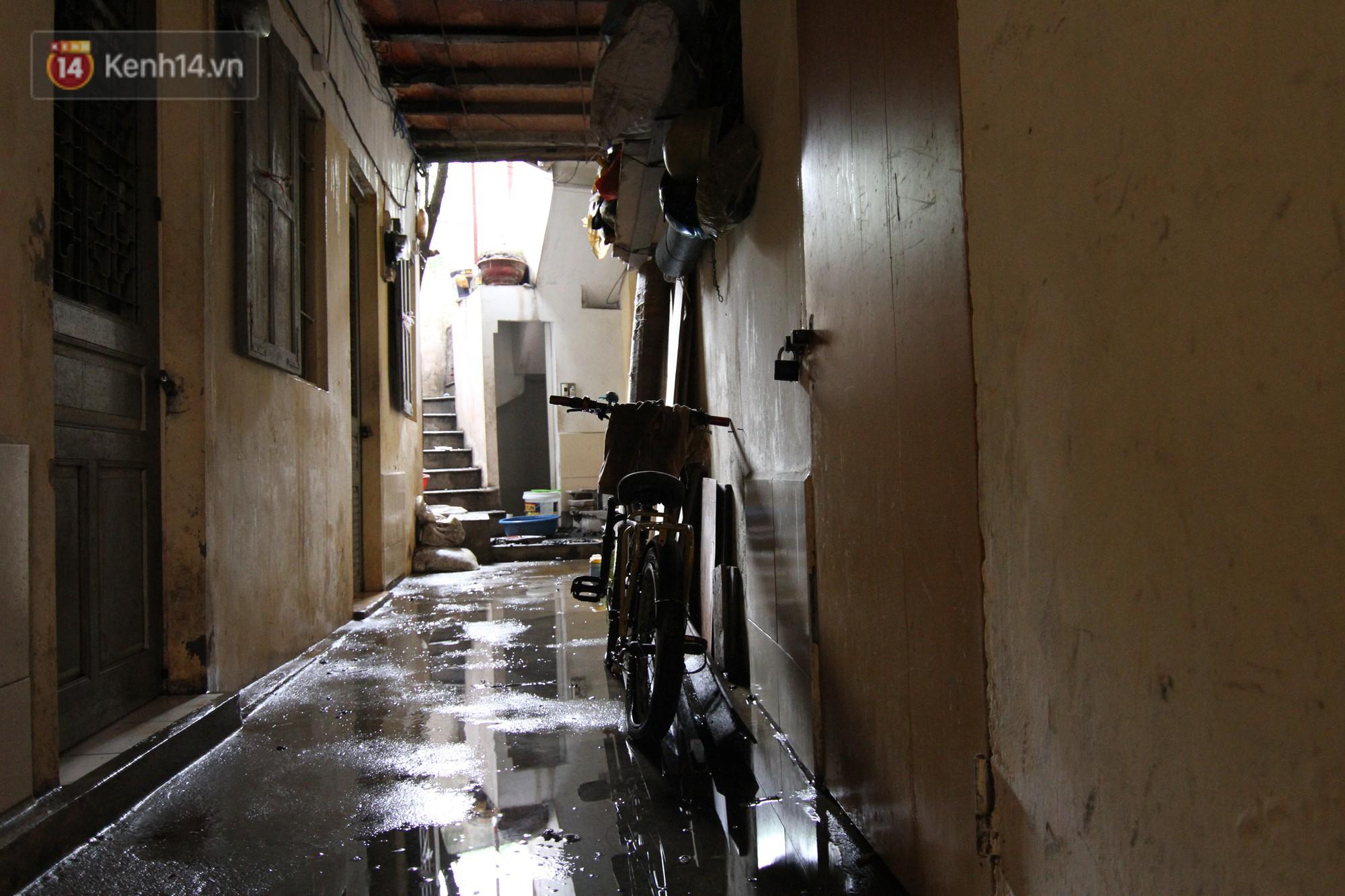 Ảnh: Khung cảnh tan hoang bên trong dãy trọ bị 'giặc lửa' thiêu rụi ở Hà Nội 20