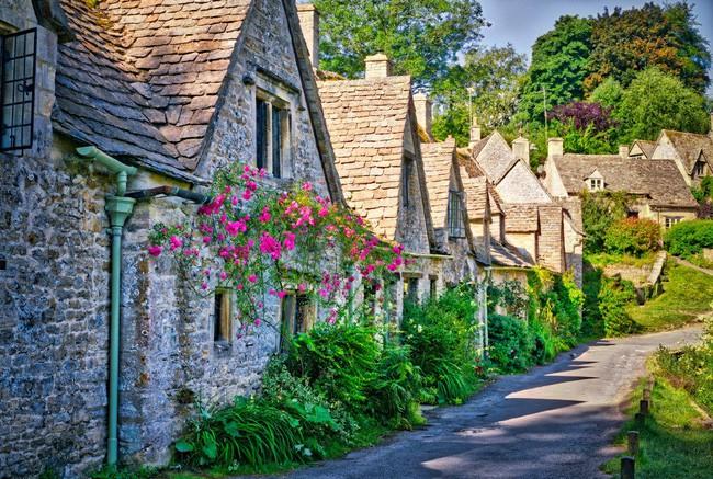 15 ngôi làng đẹp như bước ra từ cổ tích với kiến trúc độc đáo cùng phong cảnh hữu tình 2