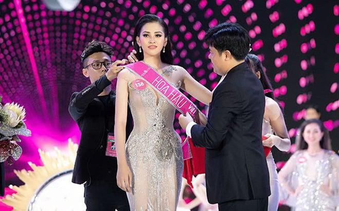 Giải trí - Tân Hoa hậu Trần Tiểu Vy được trao học bổng gần 500 triệu đồng