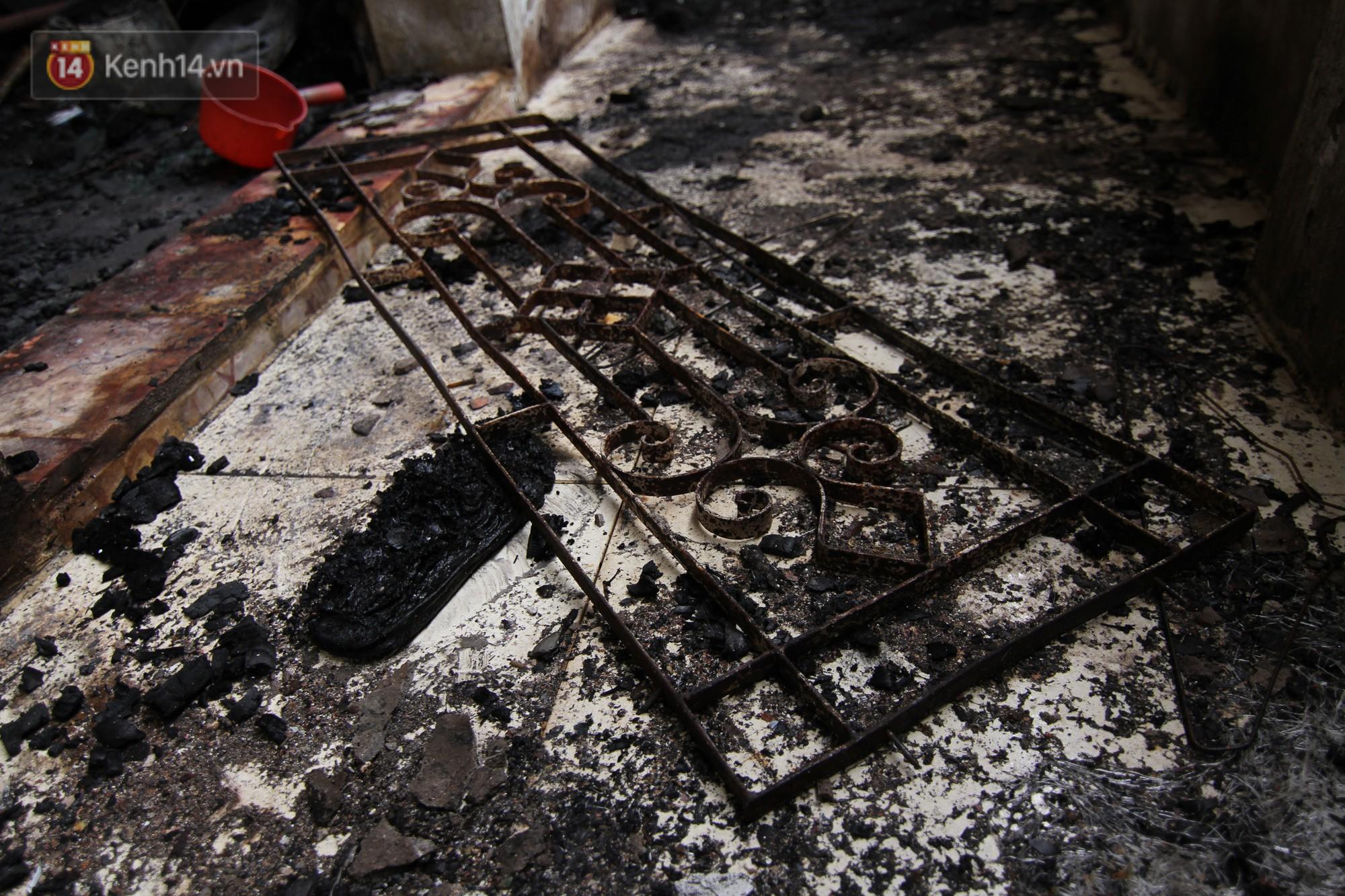 Cuộc sống tạm bợ của bệnh nhân sau vụ cháy gần Viện Nhi: Tiền tích cóp để chữa trị cháy rụi cùng giấy tờ, thuốc men 2