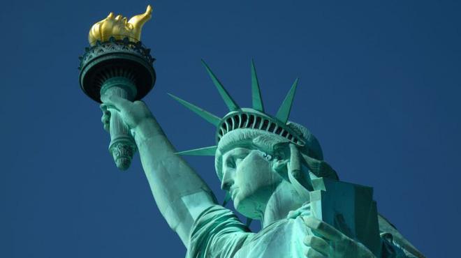 Sự thật ít người biết đằng sau bức tượng Nữ thần Tự do nổi tiếng nhất nước Mỹ 1