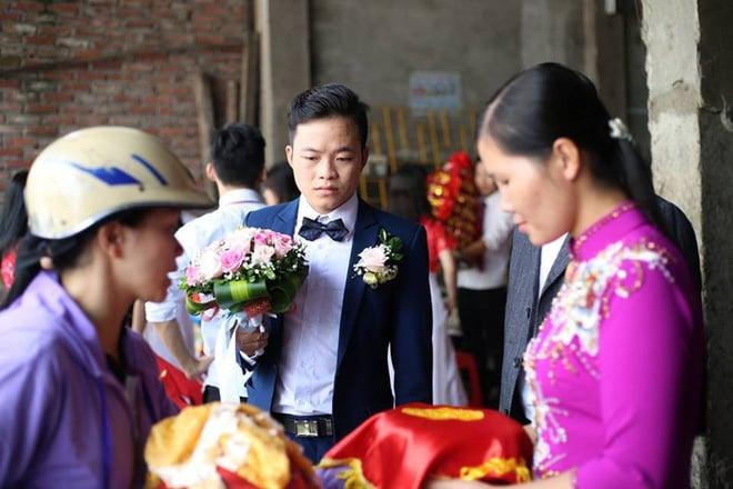 Cận cảnh lễ thành hôn đặc biệt của cô dâu 61 tuổi với chú rể 26 tuổi ở Cao Bằng 5
