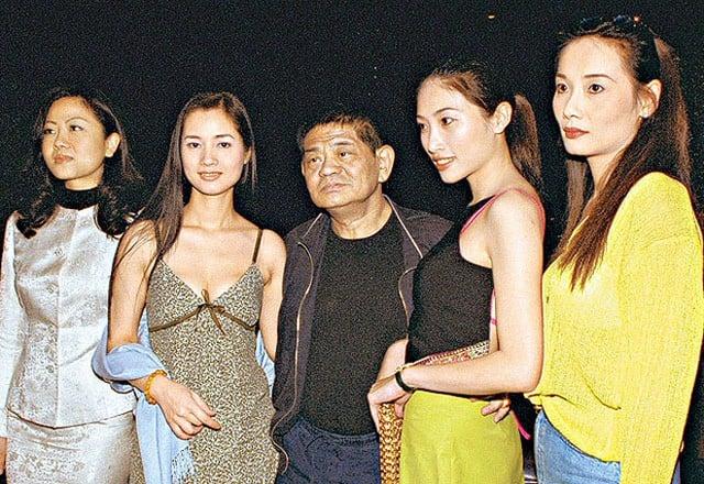 Nữ hoàng phim nóng Hong Kong: Chật vật mưu sinh, phải sang Việt Nam bán cafe kiếm sống - Ảnh 5.
