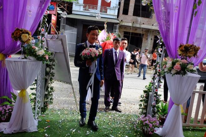 Cận cảnh lễ thành hôn đặc biệt của cô dâu 61 tuổi với chú rể 26 tuổi ở Cao Bằng 4