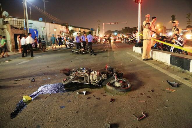 Thông tin mới vụ xe khách tông chết hai cháu bé ở Bình Dương 1