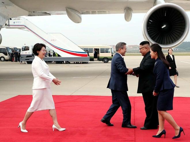 TT Hàn Quốc khép lại hành trình đẹp như mơ, lãnh đạo Triều Tiên tặng quà