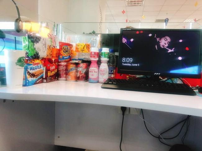Dành cả thanh xuân để trữ đồ ăn vặt ở văn phòng, hội chị em công sở xem xong liền thấy bóng dáng mình trong đó 4