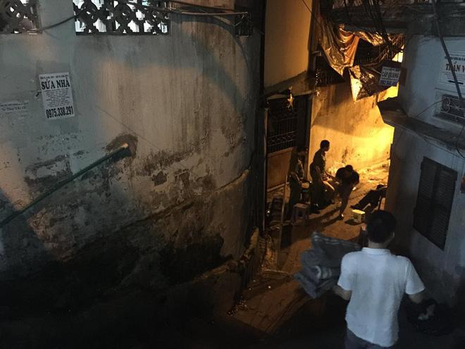 Phong tỏa hiện trường khu vực cháy nhà ông Hiệp 'khùng' vì phát hiện xác chết 3