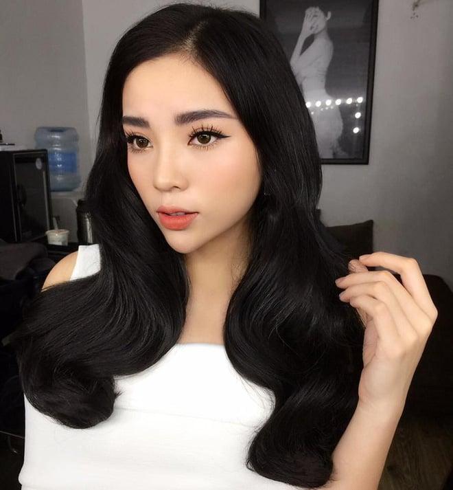 Hoa hậu Việt Nam ngày mới đăng quang: Người bị ném đá về nhan sắc, kẻ được cả truyền thông quốc tế tán dương 23