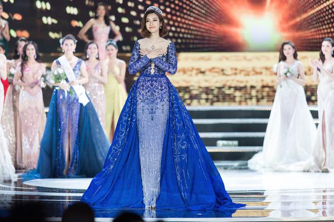 Hoa hậu Việt Nam ngày mới đăng quang: Người bị ném đá về nhan sắc, kẻ được cả truyền thông quốc tế tán dương 26