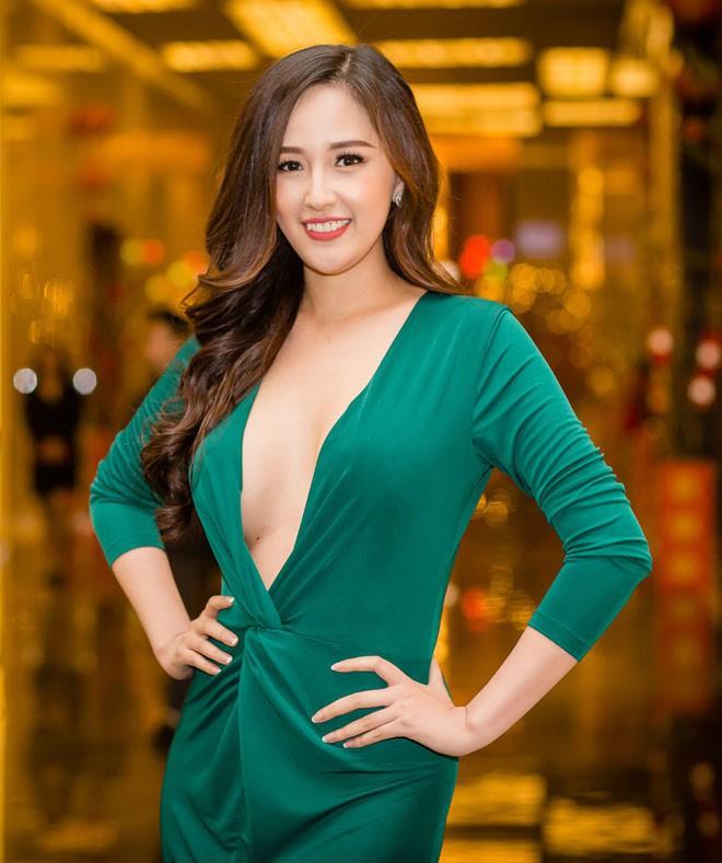 Hoa hậu Việt Nam ngày mới đăng quang: Người bị ném đá về nhan sắc, kẻ được cả truyền thông quốc tế tán dương 4