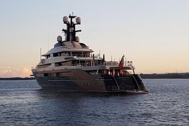 Cuộc sống phóng túng, siêu giàu, dùng tiền mua cả Hollywood của tỷ phú Malaysia đang bị truy nã 9