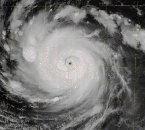 Siêu bão Trami tiến về phía đông nam Trung Quốc 2