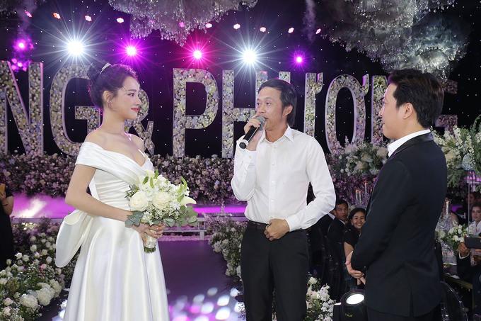 2 tuần sau đám cưới với Trường Giang, Nhã Phương lộ diện với vòng 2 lùm lùm
