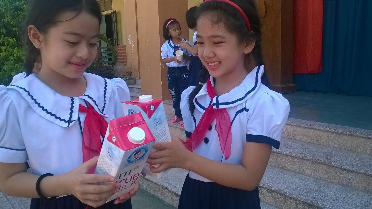 """Phó Giám đốc Sở GD-ĐT Hà Nội: """"Chúng tôi khẳng định không có chuyện sữa học đường cận hay quá đát"""" - Ảnh 2."""