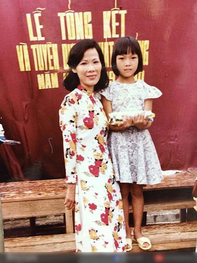 """Ngắm ảnh thời thơ ấu của sao Việt: Người đáng yêu, người gây bất ngờ với ngoại hình """"hai lúa"""" 4"""