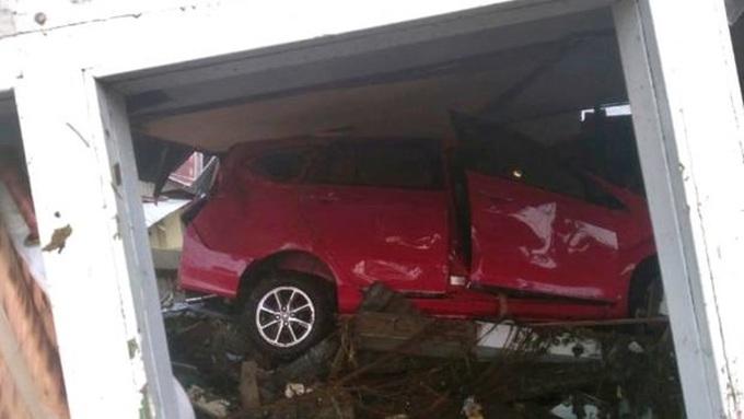 Số người chết trong vụ động đất-sóng thần tại Indonesia tăng vọt lên 384 1