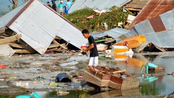Số người chết trong vụ động đất-sóng thần tại Indonesia tăng vọt lên 384 2