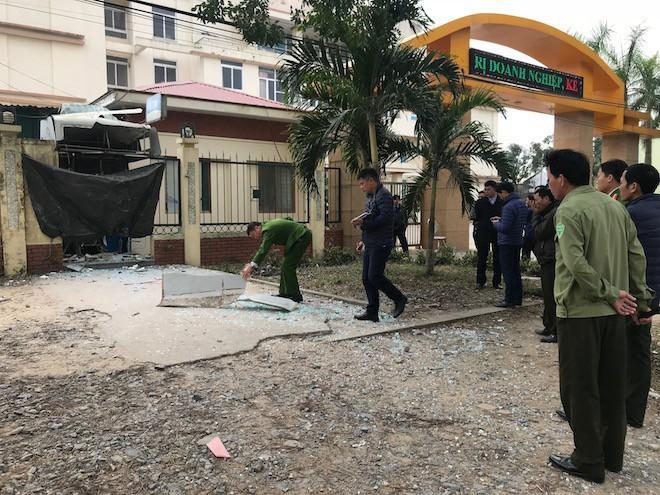 Hình ảnh Hai anh em chế mìn cho nổ cây ATM cướp tiền vì nợ nần chồng chất số 2