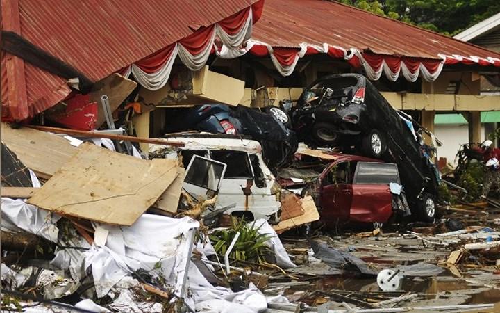 Số người chết trong vụ thảm họa động đất - sóng thần ở Indonesia lên tới 832 người 3