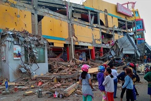 Indonesia kêu gọi quốc tế cứu trợ nạn nhân sau thảm họa sóng thần 1