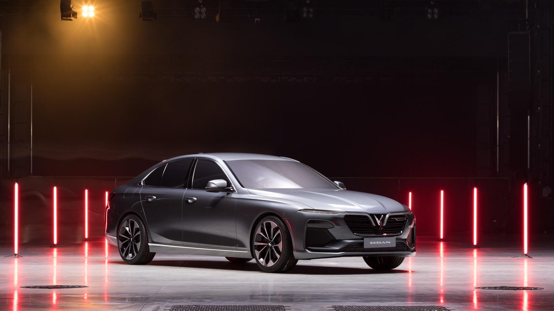 VinFast chính thức công bố tên 2 mẫu xe đầu tiên LUX A2.0 và LUX SA2.0 1