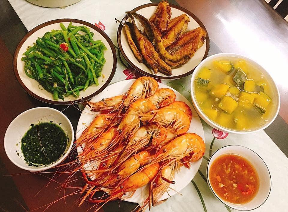 Chi 7 triệu/tháng tiền chợ cho nhà 4 người, mẹ đảm Sài Gòn ngày nào cũng nấu cơm nhà thịnh soạn, bố mẹ chồng mê tít 13