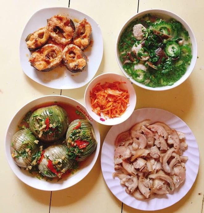 Chi 7 triệu/tháng tiền chợ cho nhà 4 người, mẹ đảm Sài Gòn ngày nào cũng nấu cơm nhà thịnh soạn, bố mẹ chồng mê tít 10